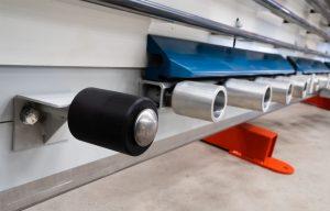 Rodillos inferiores de doble rodamiento, con abrazadera de panel neumática